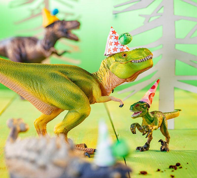 Dinosaurier als Deko für Kindergeburtstagstorte