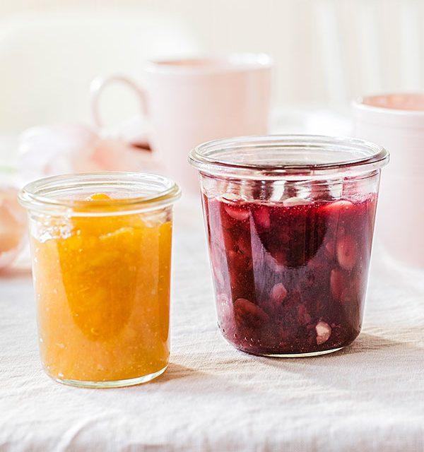 Marmelade für Osterbrunch im Glas passend zu Osterkuchen