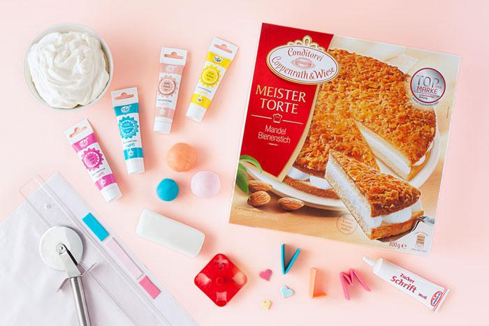 Zutaten für Torte zum Muttertag mit Grußbotschaft