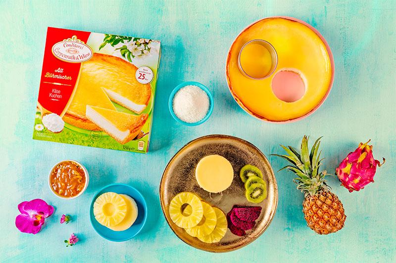 Zutaten für Mini-Kuchen mit Ananas und exotischen Früchten