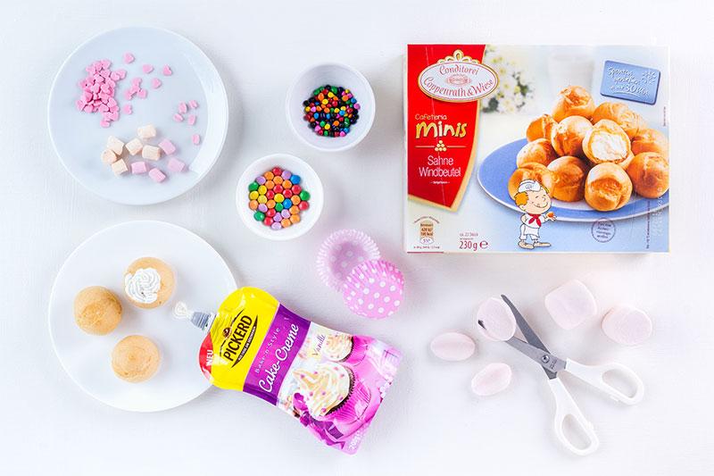 Zutaten Kuchen für Ostern als Cake Pops mit Osterhasen