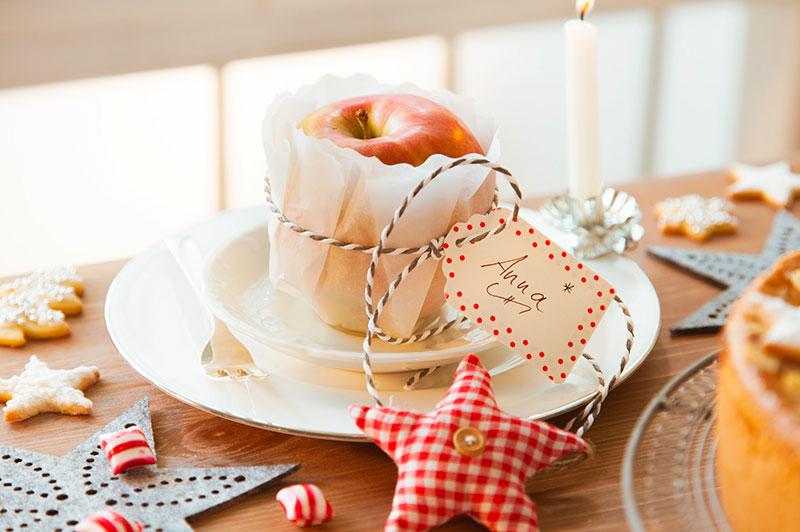 Tischdeko Advent Ideen Apfel mit Namensschild selber machen