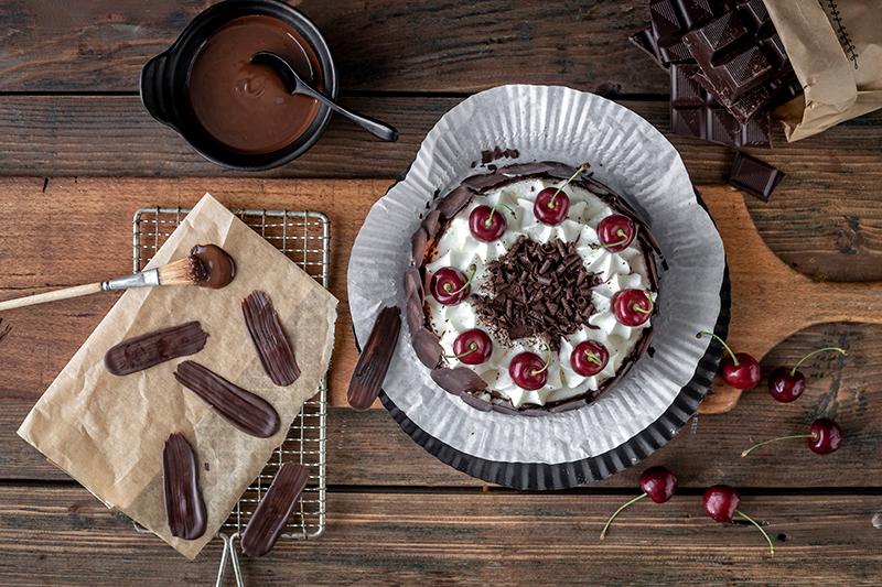 Bunt oder dunkel? Brush Stroke Cake mal anders! 13