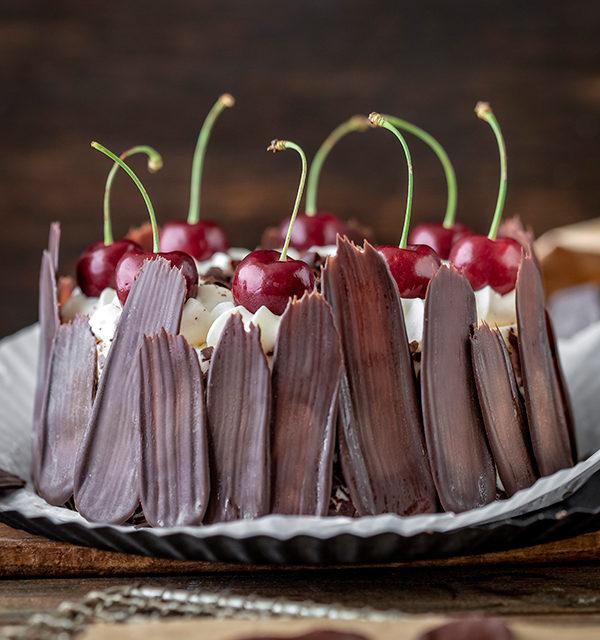 Bunt oder dunkel? Brush Stroke Cake mal anders! 6