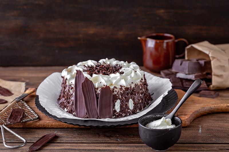 Bunt oder dunkel? Brush Stroke Cake mal anders! 7