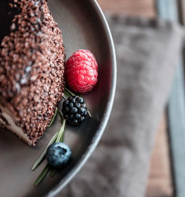 Eiswaffel-Torte mit Beeren - ein echter Augenschmaus 11