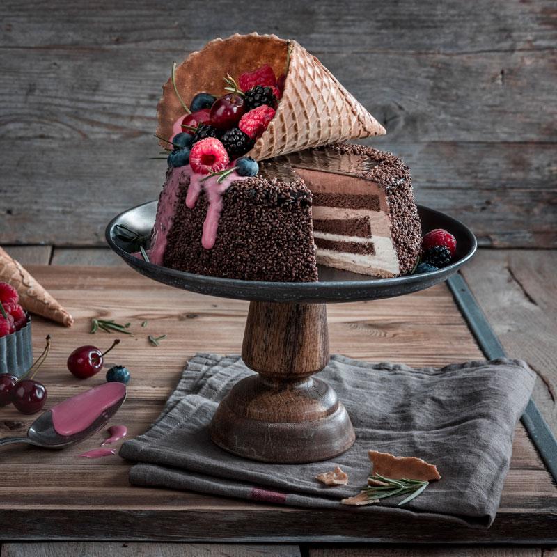 Eiswaffel-Torte mit Beeren - ein echter Augenschmaus 13