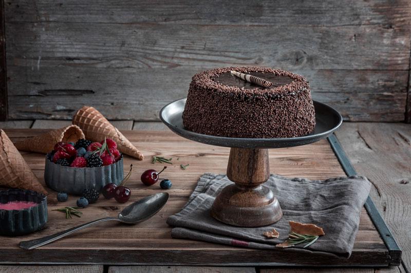 Eiswaffel-Torte mit Beeren - ein echter Augenschmaus 7