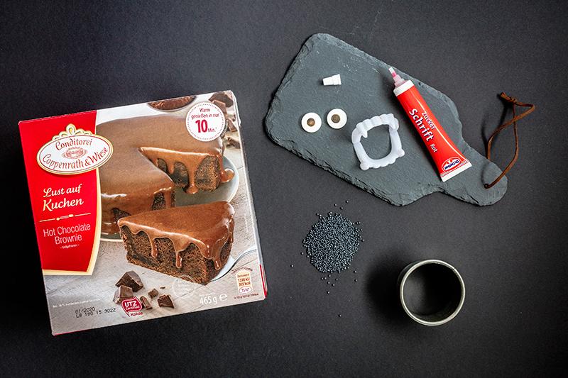 Kinderparty zu Halloween? Dieser Vampir-Kuchen ist perfekt! 1