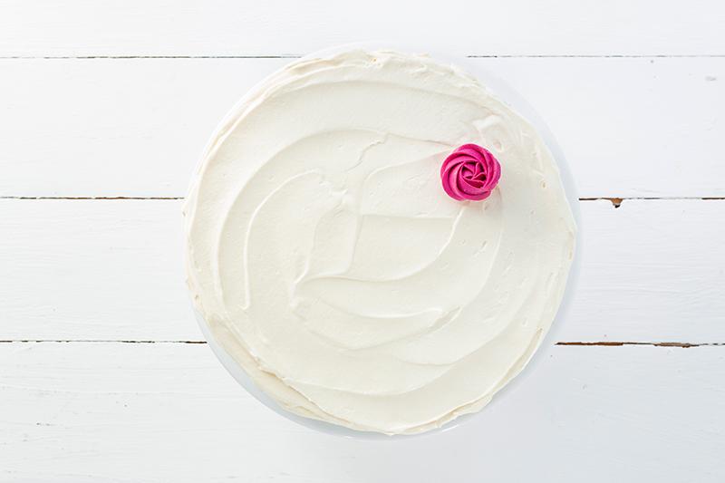 Buttercremerosen - stilvoll und einfach als Tortendeko! 6