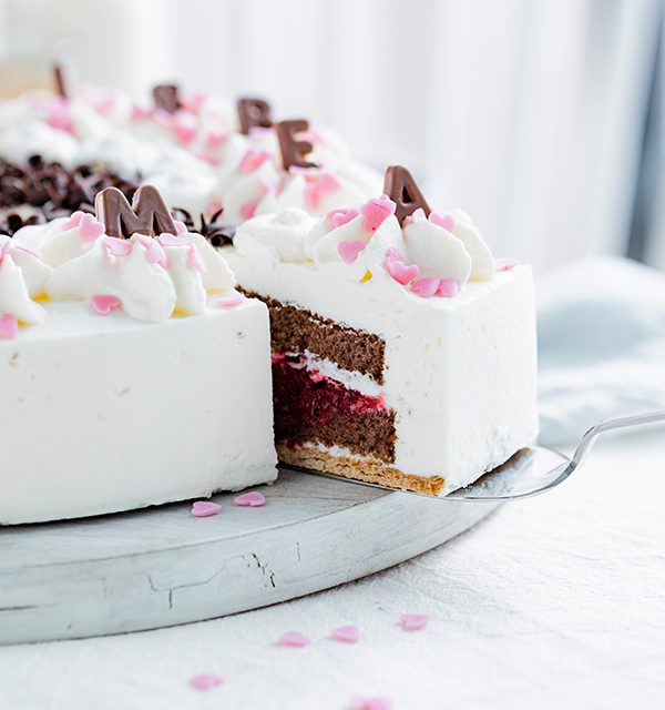 Genial einfach: Buchstaben-Torte zum Muttertag 20