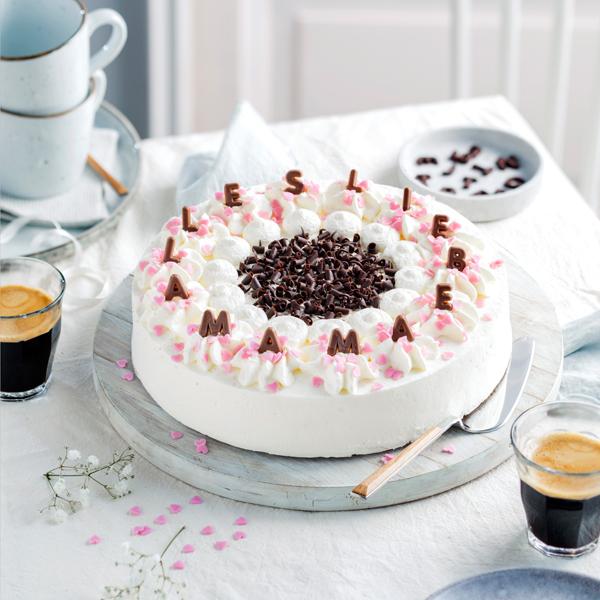 Genial einfach: Buchstaben-Torte zum Muttertag 36