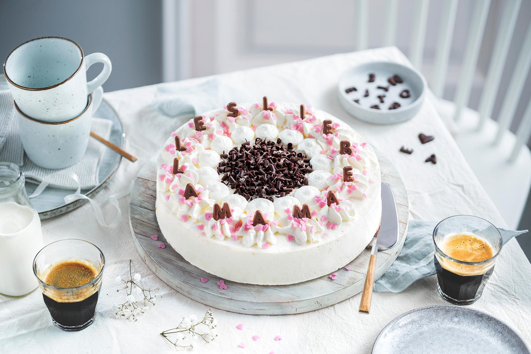 Genial einfach: Buchstaben-Torte zum Muttertag