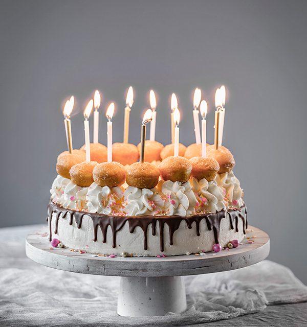 Schnell gemacht: Geburtstagstorte mit Berlinern! 25