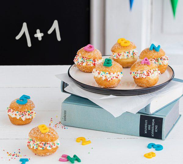 Snackidee zur Einschulung: ABC-Mini-Berliner 1