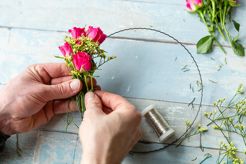 How to: Blumenkranz als Tortendeko 12