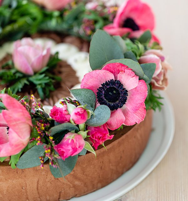 How to: Blumenkranz als Tortendeko 51