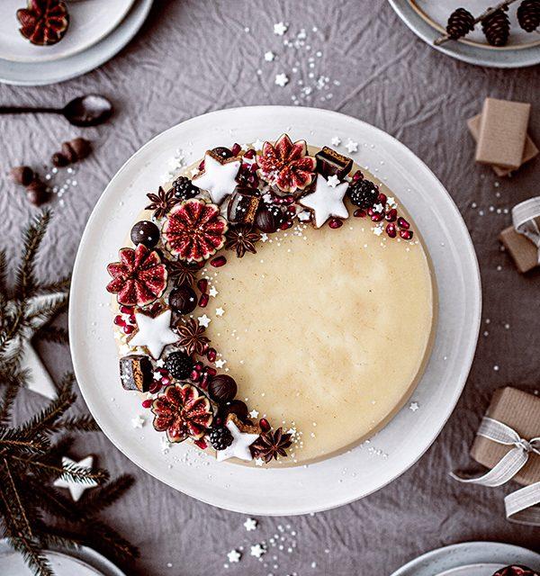 Weihnachtliche Windbeutel-Kirsch-Torte 14