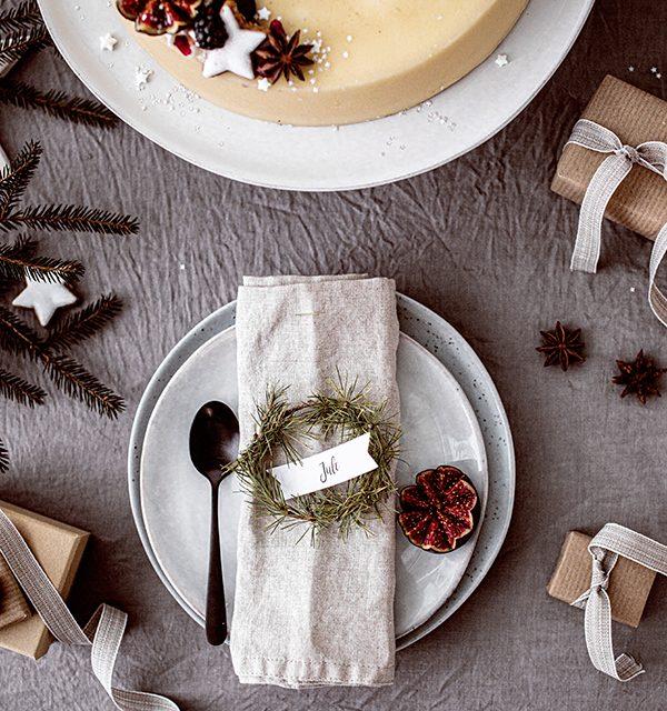 Weihnachtliche Windbeutel-Kirsch-Torte 15