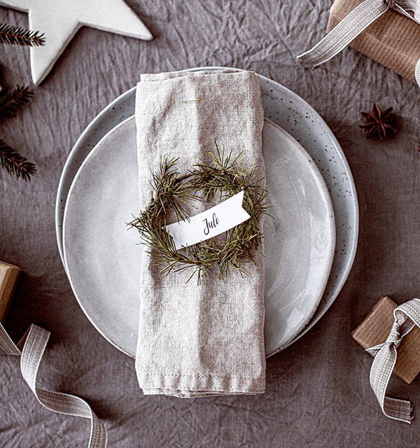 Weihnachtliche Windbeutel-Kirsch-Torte 16