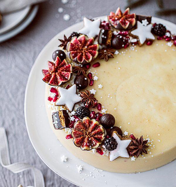 Weihnachtliche Windbeutel-Kirsch-Torte 21
