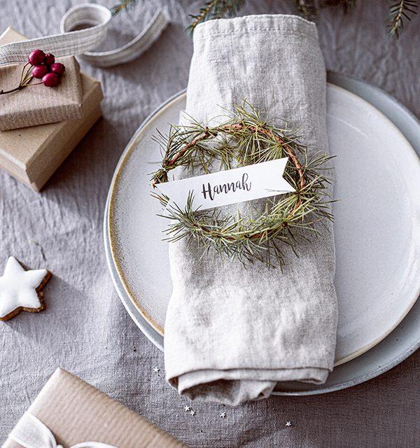Weihnachtliche Windbeutel-Kirsch-Torte 25