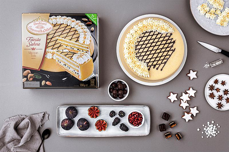 Weihnachtliche Windbeutel-Kirsch-Torte 27
