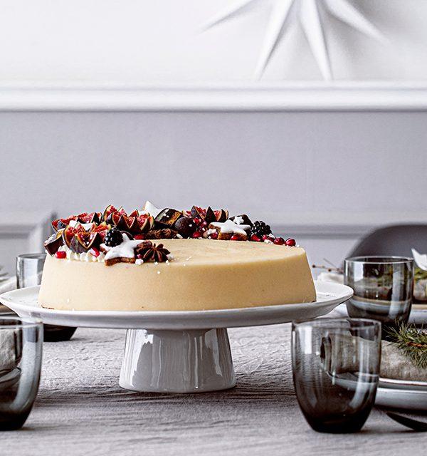 Weihnachtliche Windbeutel-Kirsch-Torte 6