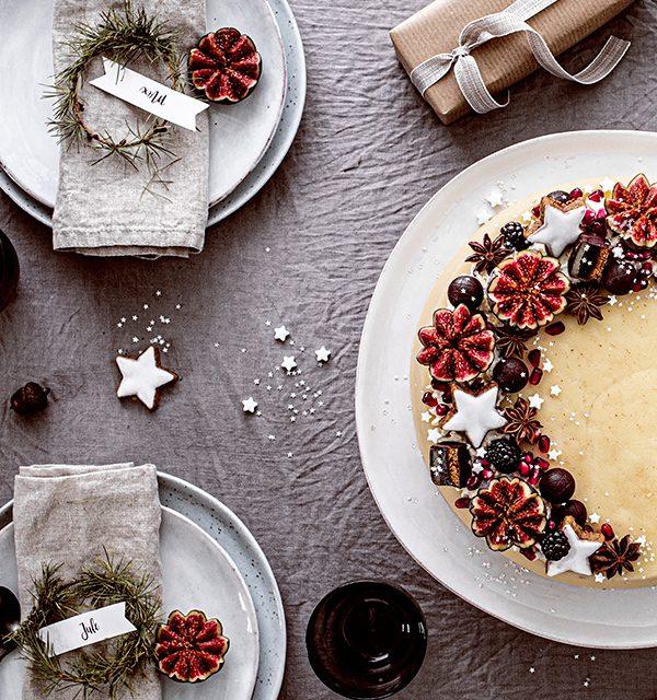 Weihnachtliche Windbeutel-Kirsch-Torte 7