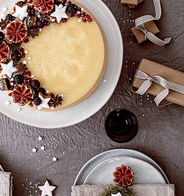 Weihnachtliche Windbeutel-Kirsch-Torte 8