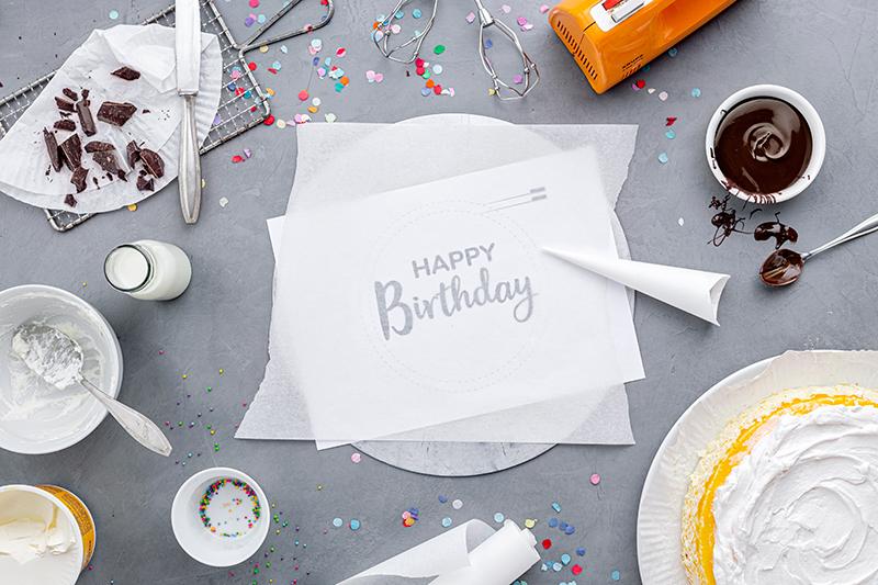 Geburtstagstorte mit DIY-Lettering-Schriftzug 19
