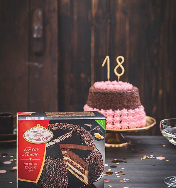 Torte zum 18. Geburtstag: Schokoladentorte mit Wunderkerzen 12