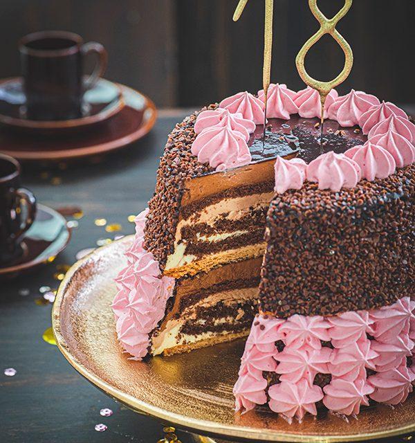 Torte zum 18. Geburtstag: Schokoladentorte mit Wunderkerzen 13