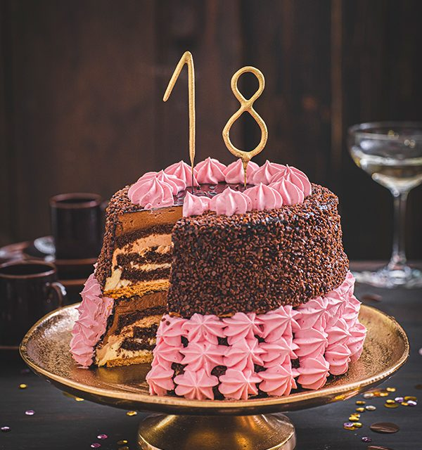 32 Creative Image Of 14 Year Old Birthday Cake In 2020 Kuchen