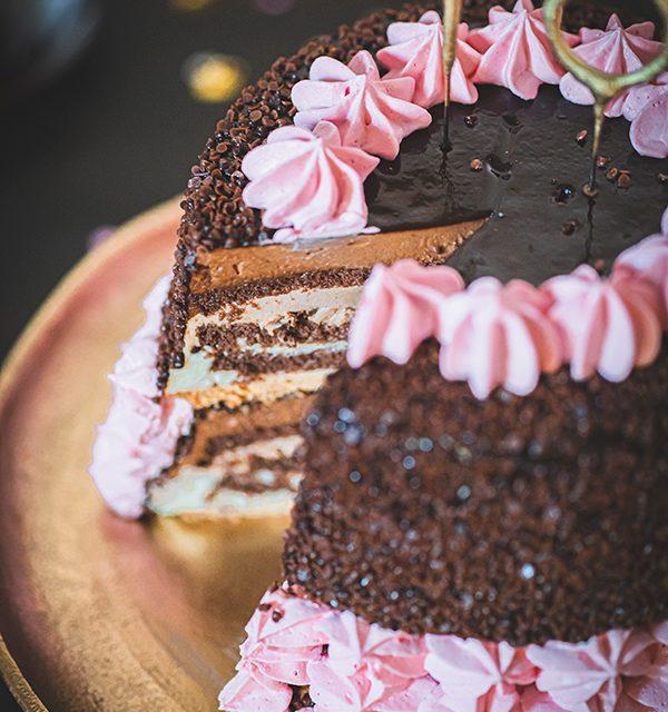 Torte zum 18. Geburtstag: Schokoladentorte mit Wunderkerzen 20
