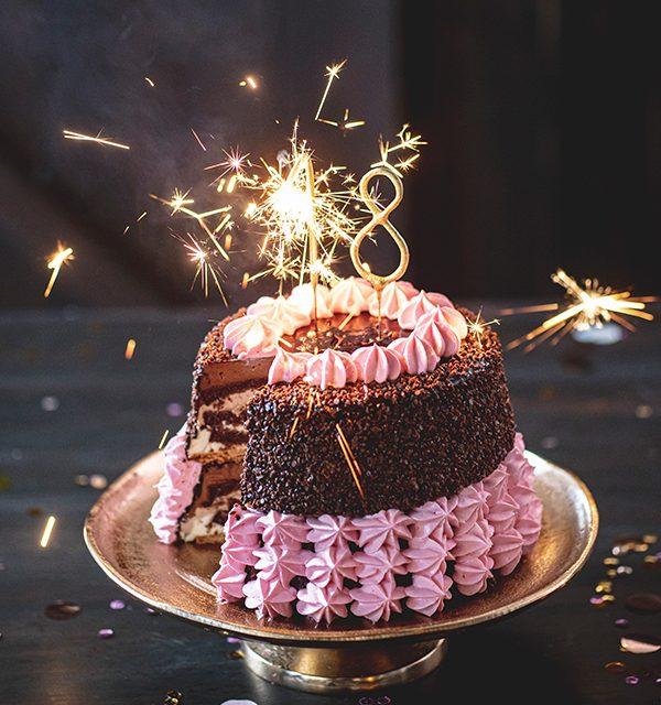 Torte zum 18. Geburtstag: Schokoladentorte mit Wunderkerzen 34
