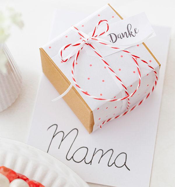 Zum Muttertag: Erdbeerkuchen mit Herz 2