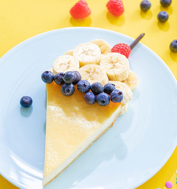 Kreatives Essen für Kinder: Eistüte aus Käsekuchen und Obst 14