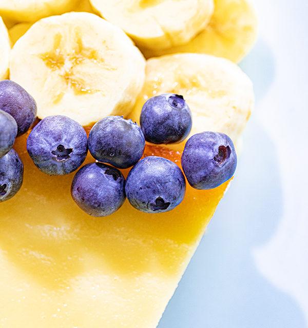 Kreatives Essen für Kinder: Eistüte aus Käsekuchen und Obst 19