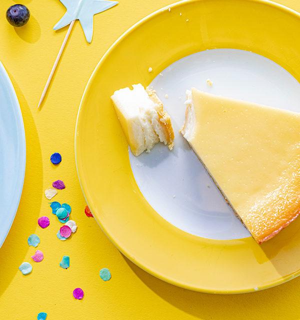 Kreatives Essen für Kinder: Eistüte aus Käsekuchen und Obst 20