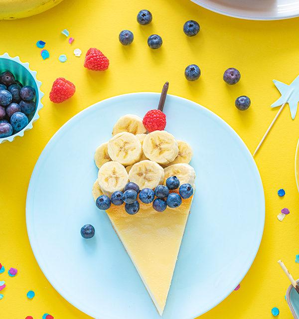 Kreatives Essen für Kinder: Eistüte aus Käsekuchen und Obst 23