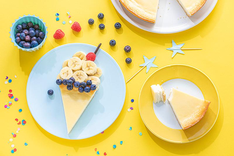 Kreatives Essen für Kinder: Eistüte aus Käsekuchen und Obst 26