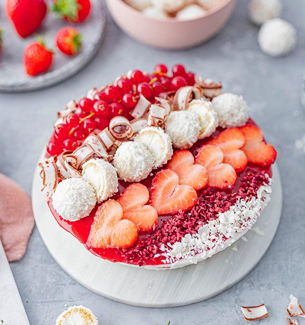 Erdbeer-Torte mit Raffaello 17