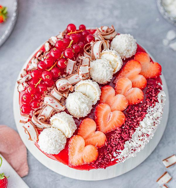 Erdbeer-Torte mit Raffaello 18