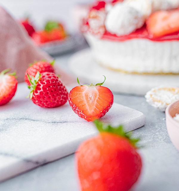 Erdbeer-Torte mit Raffaello 26