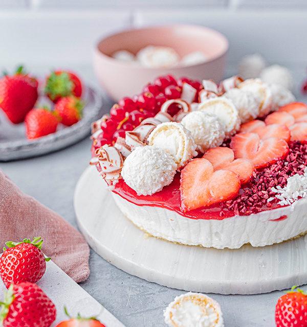 Erdbeer-Torte mit Raffaello 28
