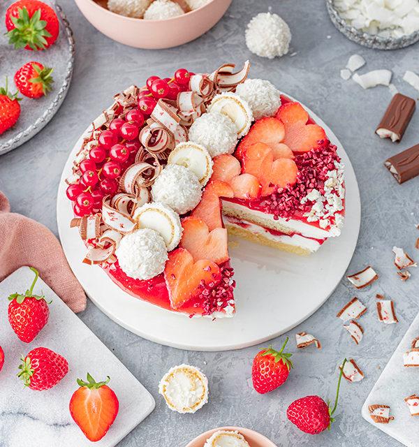 Erdbeer-Torte mit Raffaello 31