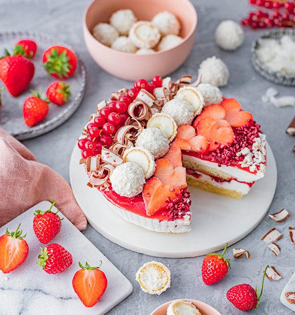 Erdbeer-Torte mit Raffaello 33