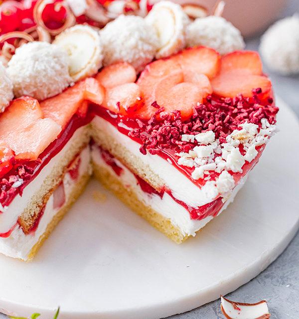 Erdbeer-Torte mit Raffaello 35
