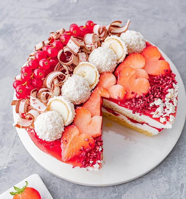 Erdbeer-Torte mit Raffaello 38